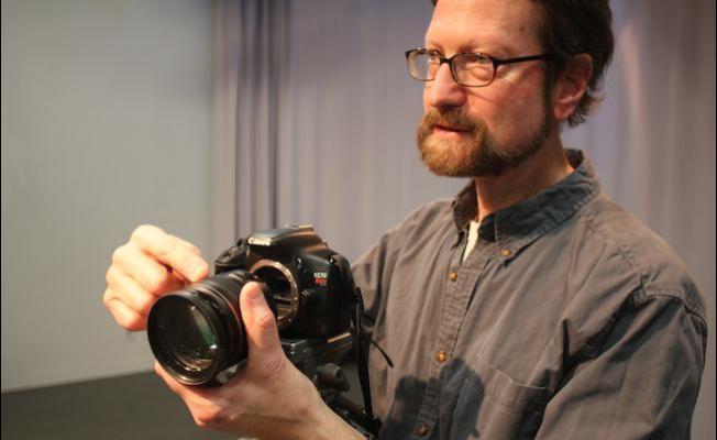 http://shootonline.com/spw/eos-c100-cinema-cameras-canon-digital-slr-cameras-and-ef-series-lenses-provide-students-hands?utm_source=twitterfeed&utm_medium=twitter