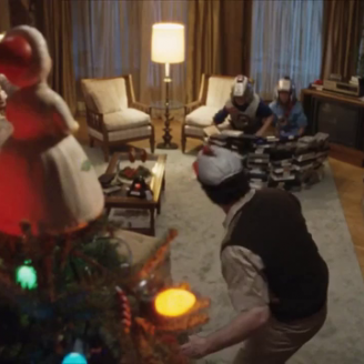 "Top Spot of the Week: Netflix's ""Tree Topper"""