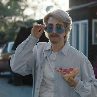 "MJZ's Steve Ayson Directs Kristen Wiig In ""Everymanthem"" For Pizza Hut, Droga5"