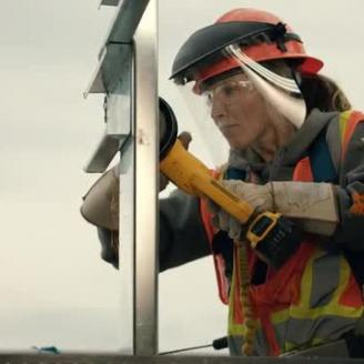 "Director Raymond Bark, Martin Agency Pay ""High Rise"" Homage To Construction Workers For Timberland PRO"