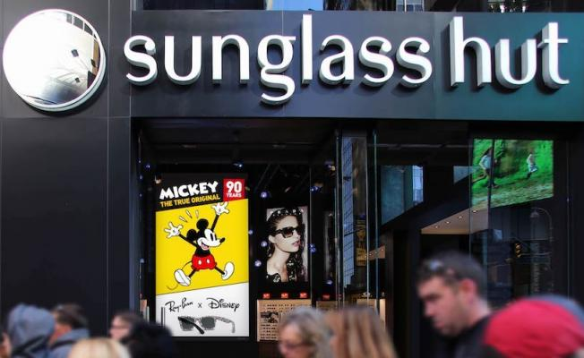 a783ded957 Leftchannel Commissioned By Sunglass Hut To Create Experiential Animation  For Times Square Store Supporting Disney s Mickey Mouse 90th Birthday  Celebration ...