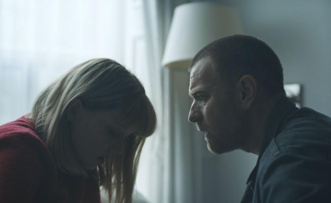 dd976225c5a Lea Seydoux as Zoe and Ewan McGregor as Cole in ZOE. Photo credit: John  Guleserian.